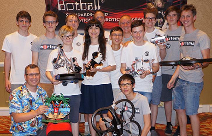 HTL-Schüler siegen bei Drohnen-WM in USA